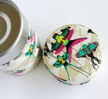 Boîte à thé cerfs-volants de Nancy Peña